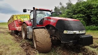getlinkyoutube.com-Case IH Magnum 260 in the mud