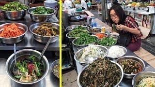 getlinkyoutube.com-Eating Bibimbap at Gwangjang Market & Other Korean Street Food