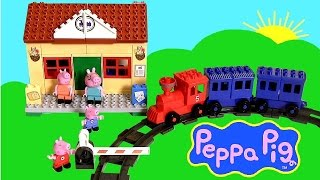 getlinkyoutube.com-Peppa Pig Blocks Mega Train Station Blocks - Estación de Trenes Juguete de Construcciones Bloques
