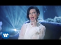 Laura Pausini - Santa Claus is coming to town Official Video