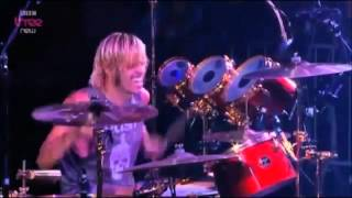 Foo Fighters - Exhausted (Live at Reading Festival 2012)