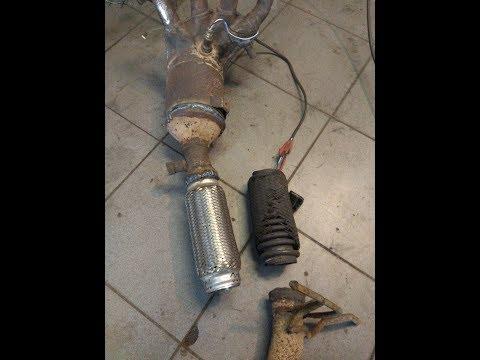 Расположение фильтра кондиционера в Pontiac Вайб