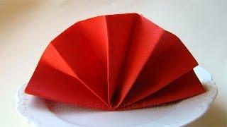 getlinkyoutube.com-Servietten falten: Fächer z.B. für Hochzeit oder Geburtstag als Tischdeko