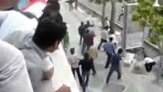 getlinkyoutube.com-ایران، تهران، درگیری با پلیس در خیابان ولیعصر