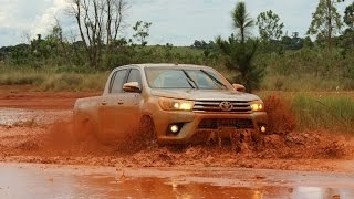 getlinkyoutube.com-Teste - Toyota Hilux 2016 SRX 2.8 Diesel - Falando de Carro