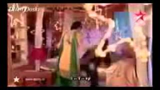 getlinkyoutube.com-اغنية هندية اوه لا لا على كوشي وارناف