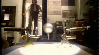 getlinkyoutube.com-Kate Bush - Cloudbusting - Official Music Video