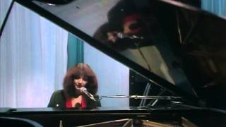 getlinkyoutube.com-Kate Bush - Christmas Special 1979 (Private Remaster)