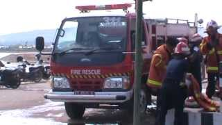 getlinkyoutube.com-Simulasi Pemadam Kebakaran UPT PPK Kab. Kutai Timur