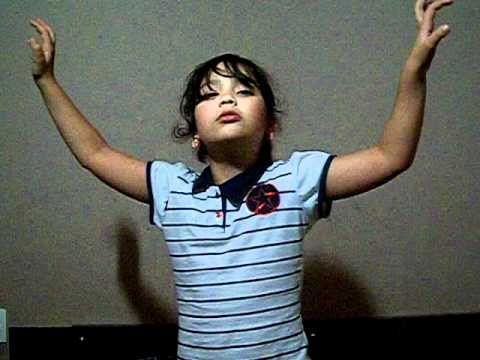 Vivi cantando Paula Fernandes