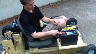 getlinkyoutube.com-Electric Homemade Wooden Go Kart Run 3