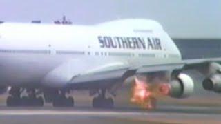 Fire of an aircraft engine@Narita 【成田 離陸中止 エンジン排気に引火】