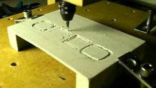 getlinkyoutube.com-Ultra-low cost Mini-CNC - fastforward video milling a logo