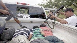 Sicarios de los Caballeros Templarios se Entregan alas  Autodefensas en Michoacán