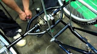 getlinkyoutube.com-assembly_of_tricycle_velomastera_02.wmv