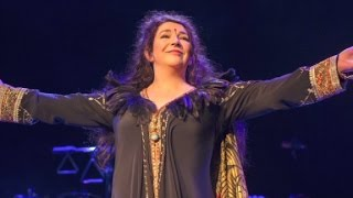 getlinkyoutube.com-Kate Bush's first concerts in 35 years