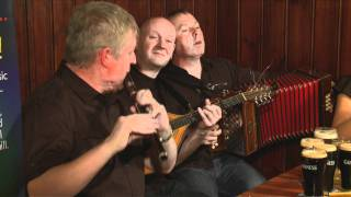getlinkyoutube.com-Traditional Irish Music from LiveTrad.com: Dervish Clip 1