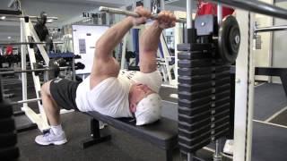 getlinkyoutube.com-Markus Rühl trainiert Arme, Teil 2: Bizeps und Trizeps am Kabelzug
