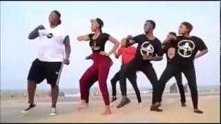 "getlinkyoutube.com-BigNuz member ""Mampintsha"" dancing with uPhaqa"