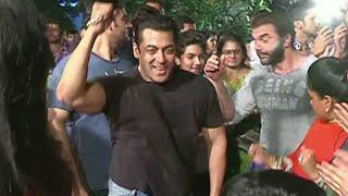 UNCUT | Salman Khan Dancing in Celebration of Ganesh Chaturthi Festival 2015