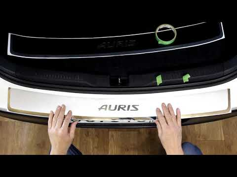 Наклейка на задний бампер Toyota Auris