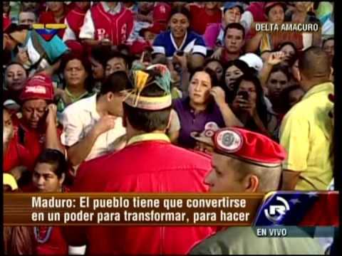 Nicolás Maduro en Delta Amacuro maneja el caso de señora gritona que no le dejaba hablar