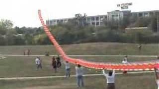 getlinkyoutube.com-Giant Chinese Dragon Kite
