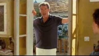 getlinkyoutube.com-Mamma Mia! Pierce Brosnan Singing...
