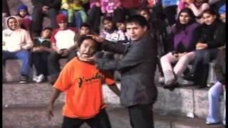 getlinkyoutube.com-Cómicos Ambulantes - La parodia de Michael Jackson