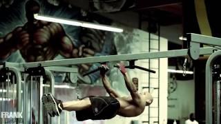 getlinkyoutube.com-تمرینات خارق العاده یک بدنساز حرفه ای