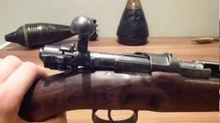 getlinkyoutube.com-ww2 German K98K Mauser rifle bolt disassembly (bolt field strip)