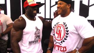 getlinkyoutube.com-Mr.Olympia Phil Heath Gives Kali Muscle Advice