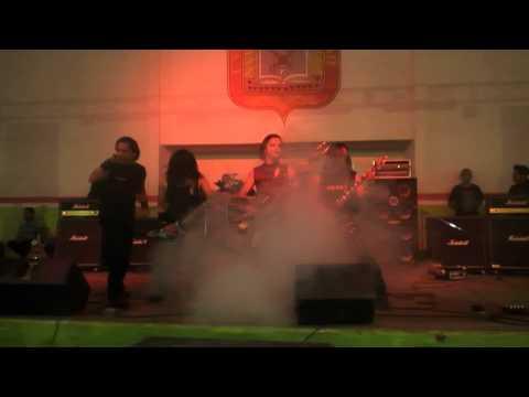 Wotam  Lobos Sangrientos en el rock de locos para locos