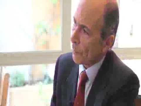 Crónica Económica charla sobre «Economía de los no economistas» con Carlos R. Braun