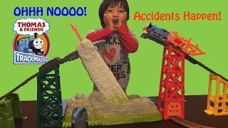 getlinkyoutube.com-Thomas & Friends Trackmaster Avalanche Escape Set Accidents will Happen