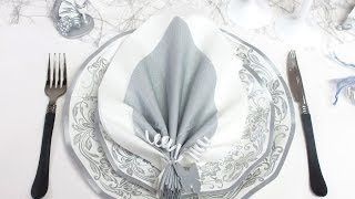 getlinkyoutube.com-Pliage de serviette en forme de feuille de palmier