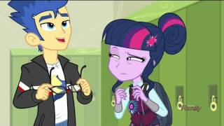 getlinkyoutube.com-My little pony: Equestria Girls: Friendship Games- Sci-Twi and Flash moments