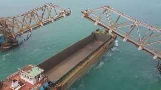 Ship crossing Pamban bridge at Palk strait sea (Travel to pamban, Rameswaram) (पम्बन ब्रिज )
