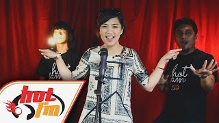 getlinkyoutube.com-JANNA NICK - Lip Sync Challenge - #HotTV