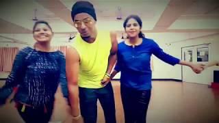 AAJ NA CHHODUNGA TUJHE DUM DAMA DAM ZUMBA FITNESS DANCE FITNESS EASY STEPS MUMBAI STYLE....