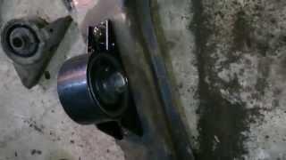 getlinkyoutube.com-Замена передней подушки двигателя на Mitsubishi Galant 8. 6А13, EA5A