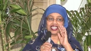 getlinkyoutube.com-Deeqa Maxamed Siyad Barre - Gabadhii uu dhalay Geesigii Geeska Africa