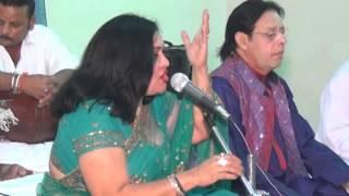 getlinkyoutube.com-Jamila Bano Bhopali & Parti