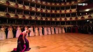 getlinkyoutube.com-ELINA GARANCA - Live 55th Vienna Opera Ball 2011