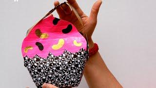 getlinkyoutube.com-How to Make a Duct Tape Cupcake Bag   Sophie's World
