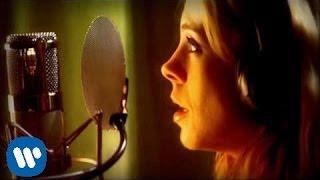 Green Day - 21 Guns [Cast Version]  (Video)