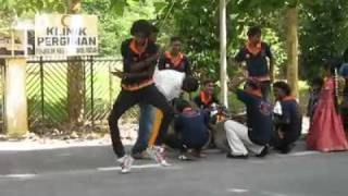 getlinkyoutube.com-robot dancing only in malaysia