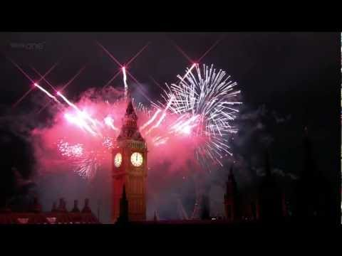 London Fireworks on New Year's Day 2012 - New Year Live - BBC One -q1yLRK2M8YQ
