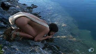 getlinkyoutube.com-Risky Water | Naked and Afraid