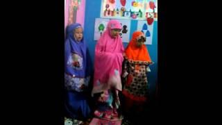 getlinkyoutube.com-Latihan sholat dhuha TK Islam Raihan